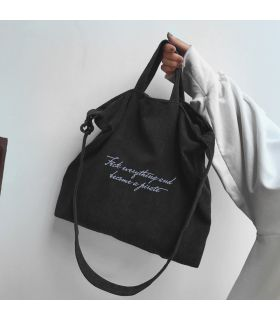 Bolso de pana negro con F*ck everything and become a pirate